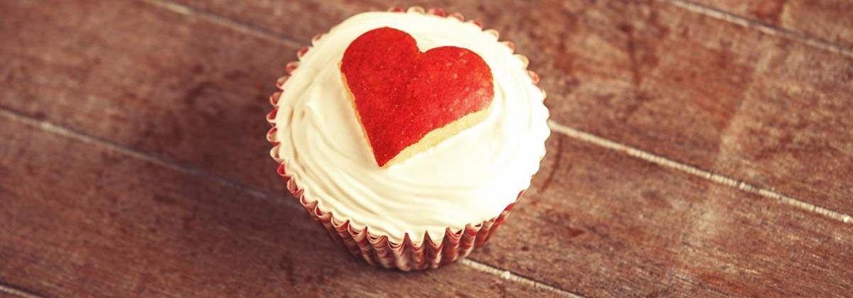 cupcake with a red heart